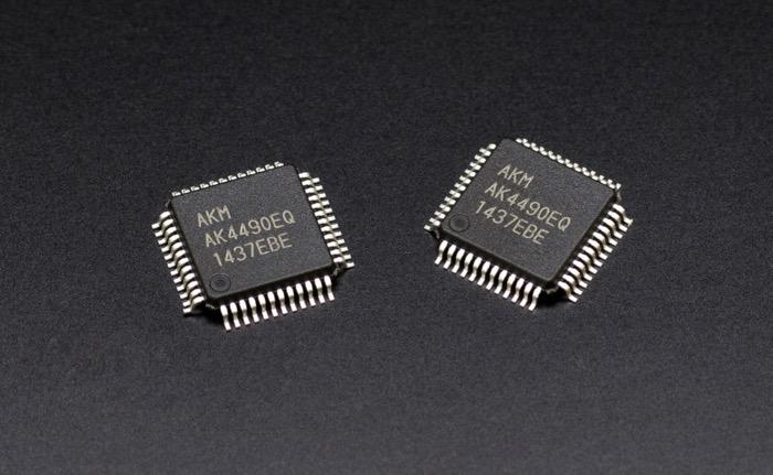 Denon 8500 DACs