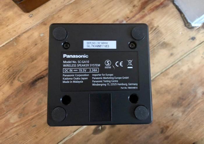 Panasonic GA10 unten