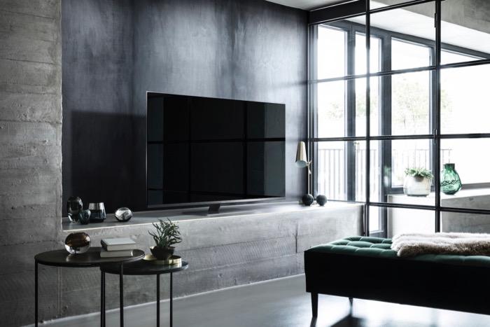 Panasonic LCD 2018 784 Wohnzimmer