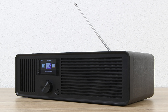 Sky Vision DAB 70 S Front Seitlich2