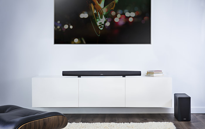 Heos_cinema_HS2_soundbar_lifestyle_002.2