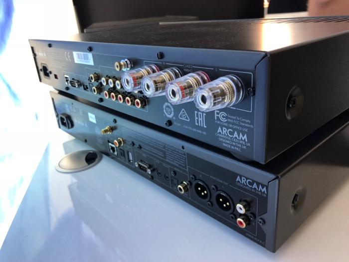 Mai HE Arcam CDS50 SA10 back