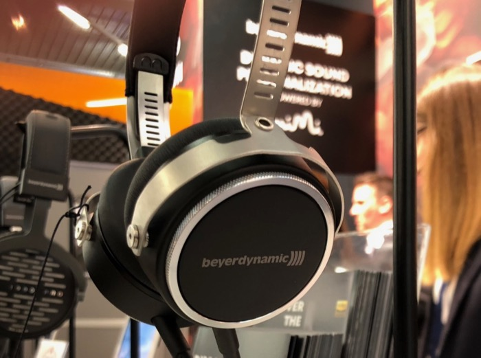 Mai HE Beyerdynamic Aventho Wired Detail1
